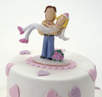 Wedding Cake Topper - Couple in Arms