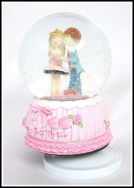 Love for You Musical Valentine Snow Globe